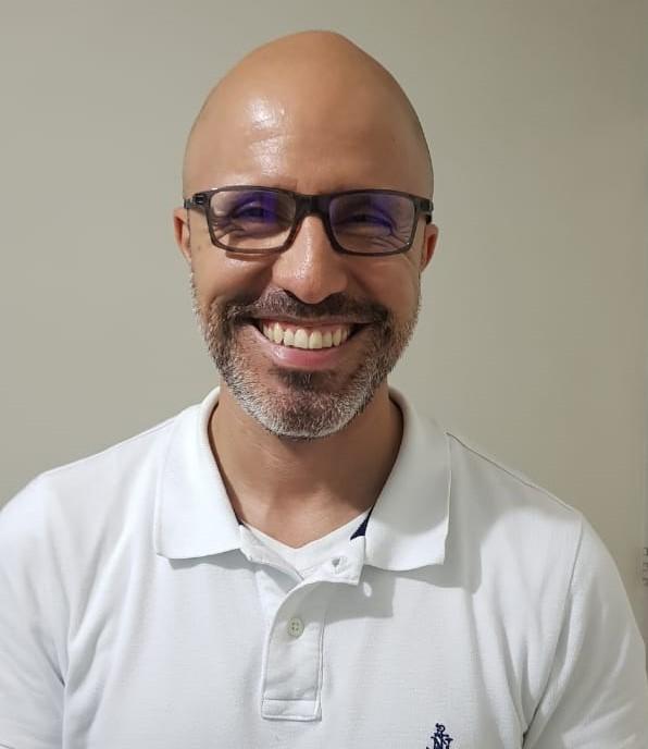 Enrique Vela