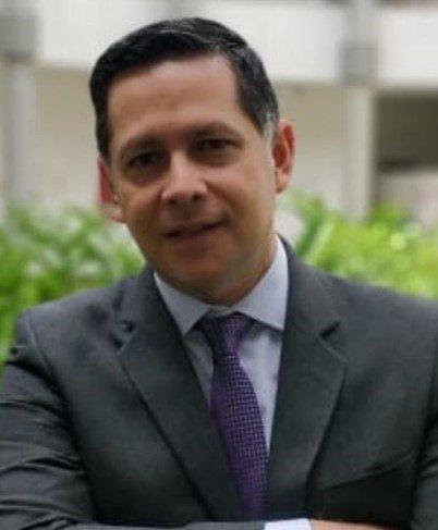 Alvaro M. Durán